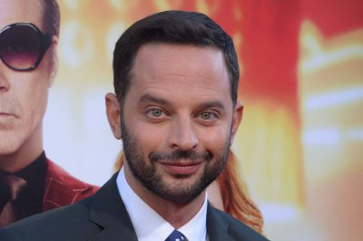 Nick Kroll impersonates Jason Statham, dogs on 'Tonight Show'