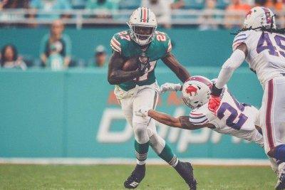 New York Jets acquire RB Kalen Ballage from AFC East rival Miami Dolphins