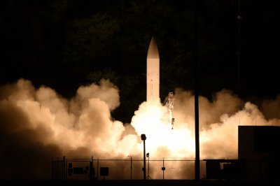 SpaceX, L3Harris pursue hypersonic missile defense system