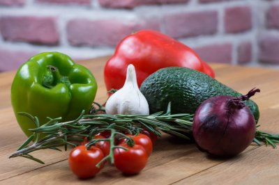 Study: Plant-based diet leads to healthier microbiome, life