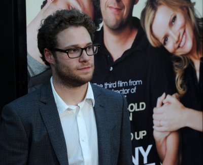 Rogen plugs 'Green Hornet' at Comic-Con