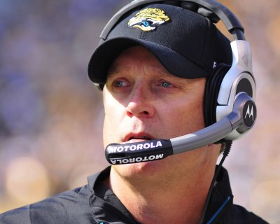Del Rio fired, Tucker takes over Jaguars