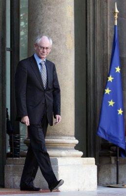 EU leaders pledge to fight crisis