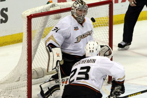 Anaheim Ducks rout Florida Panthers