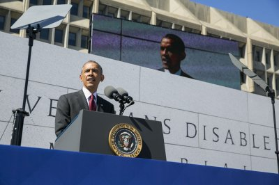 Obama dedicates new memorial to disabled veterans