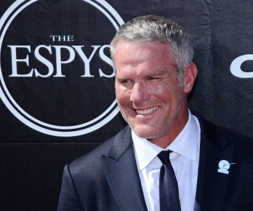 Brett Favre inducted into Green Bay Packers Hall of Fame