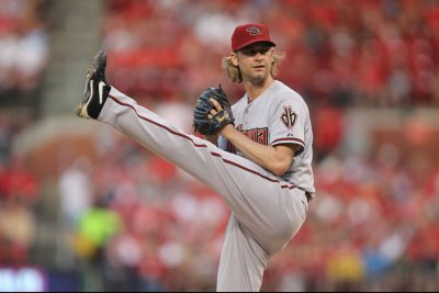 Bronson Arroyo deals with possible career-ending torn rotator cuff