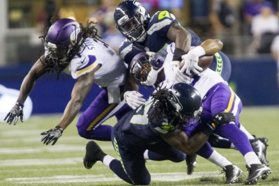 Minnesota Vikings: Time to figure out what stinks, starting with the OL