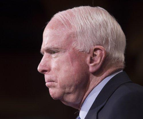 John McCain picks Arizona to win 2017 NCAA Tournament
