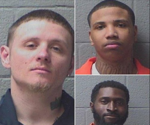 Police capture 1 of 3 inmates who escaped S.C. jail