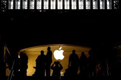 Apple says it aided Florida shooting inquiry, but won't unlock gunman's phone