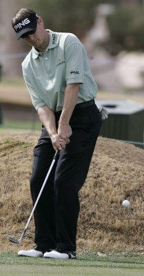 Slocum takes Barclays with 21-foot putt
