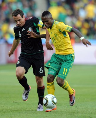 WORLD CUP: Mexico 1, South Africa 1 (tie)