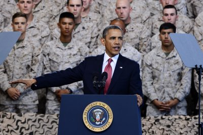 Obama says military depends on strong economy