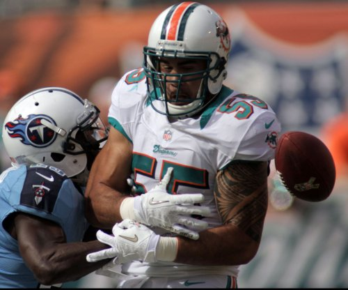 Miami Dolphins might cut Koa Misi, save millions