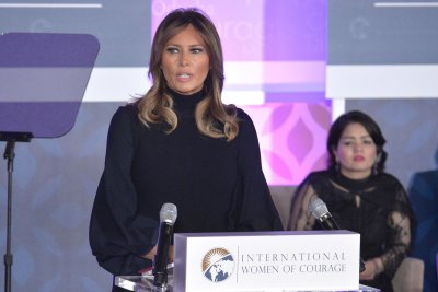 Melania Trump honors 12 with International Women of Courage Award