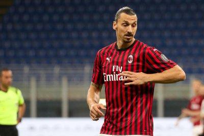 Ibrahimovic, AC Milan score 3 goals in 5 minutes to beat Ronaldo, Juventus