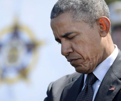 Obama honors slain officers at National Peace Memorial