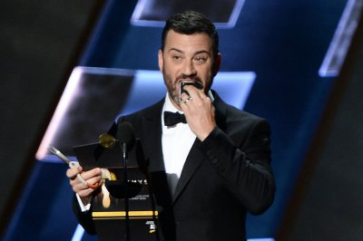 Jimmy Kimmel, Sarah Silverman to be 'Roast Battle' judges