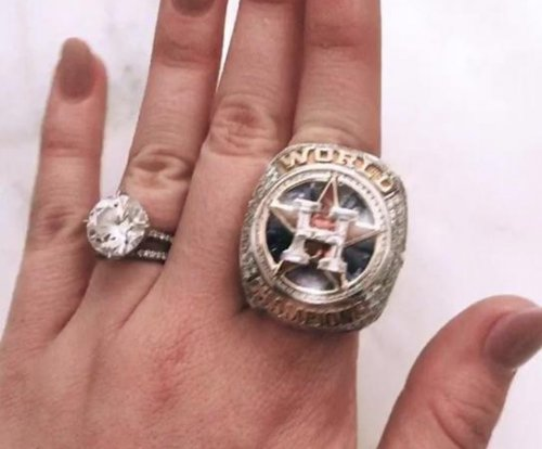 Kate Upton shows off Justin Verlander's World Series ring, giant wedding diamond