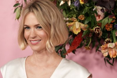 January Jones confirms she dated 'Bachelor' alum Nick Viall