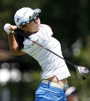 Miyazato back at women's golf No. 1