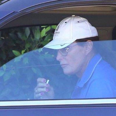 Bruce Jenner steps out with pink fingernails