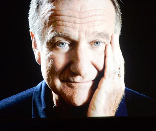 Billy Crystal imagines Robin Williams' first night in Heaven