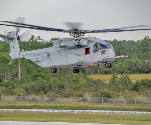 Heavy-lift helicopters test external load capabilities