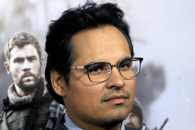 'Narcos: Mexico': First photos of Michael Pena, Diego Luna released