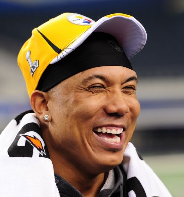 Hines Ward released after traffic bust