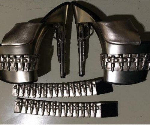 If shoes could kill: Woman delayed by TSA over gun-shaped high heels