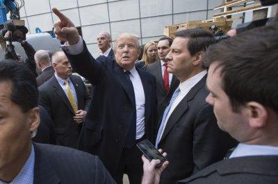 Trump hires veteran GOP operative Paul Manafort to handle convention