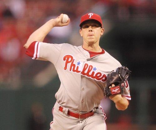 Jeremy Hellickson, Philadelphia Phillies hold off Atlanta Braves
