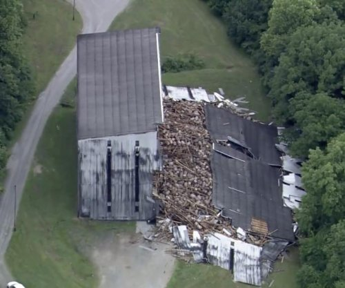 9,000 bourbon barrels crash down in warehouse collapse