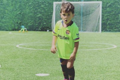Lionel Messi's 4-year-old son scores, mimics dad's goal celebration