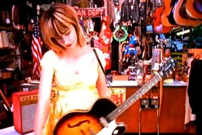 The Muffs frontwoman Kim Shattuck dead at 56