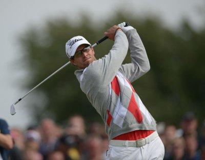 Adam Scott forges 4-shot British Open lead