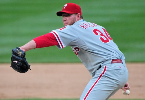 Two-time Cy Young winner Roy Halladay retires