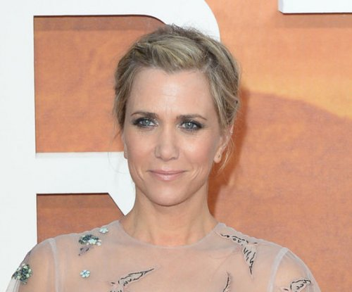 Kristen Wiig responds to criticism of female 'Ghostbusters'