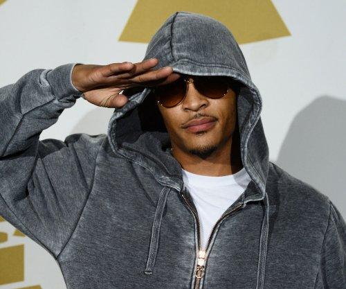 T.I. slams Lil Wayne over Black Lives Matter comments: 'You're disrespecting yourself'