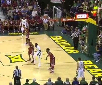 Defense, Johnathan Motley help bail out Baylor against Oklahoma