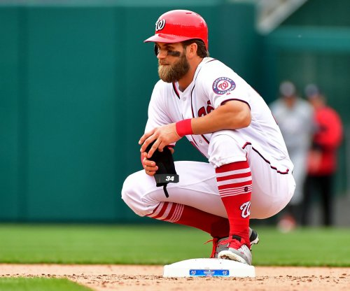 Bryce Harper, Nats agree to one-year contract extension