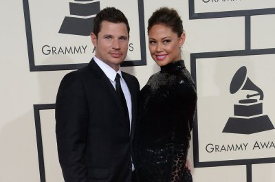 Nick Lachey celebrates wedding anniversary with Instagram post