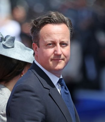 Cameron compares appeasement of Putin to Germany in 1938