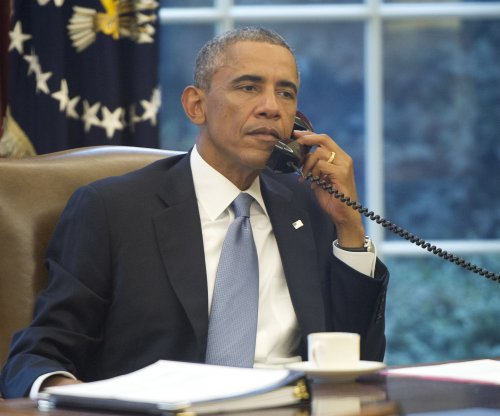 Putin phones Obama to discuss Ukraine, Islamic State