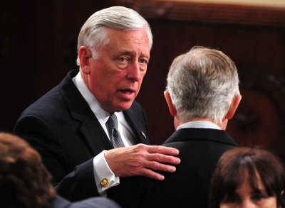 Steny Hoyer joins push to force Weiner out