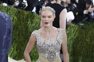 Travis Fimmel, Kate Bosworth to star in 'Finding Steve McQueen'