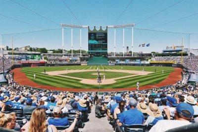 Home runs power Kansas City Royals over Baltimore Orioles
