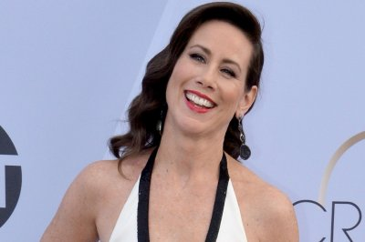 'Younger' star Miriam Shor praises Diana as 'unapologetically powerful'